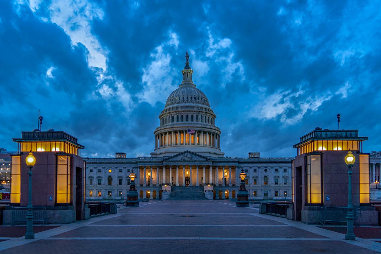 Фото Вашингтон США United States Capitol Вечер Уличные фонари Дома Города скульптура штаты америка город Здания Скульптуры