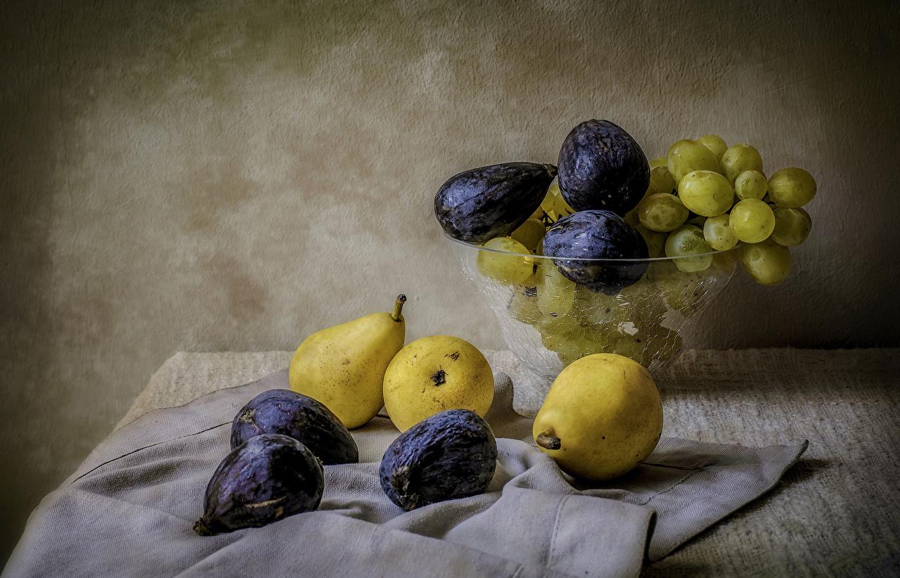 Картинка Инжир Груши Виноград Еда Натюрморт Пища Продукты питания