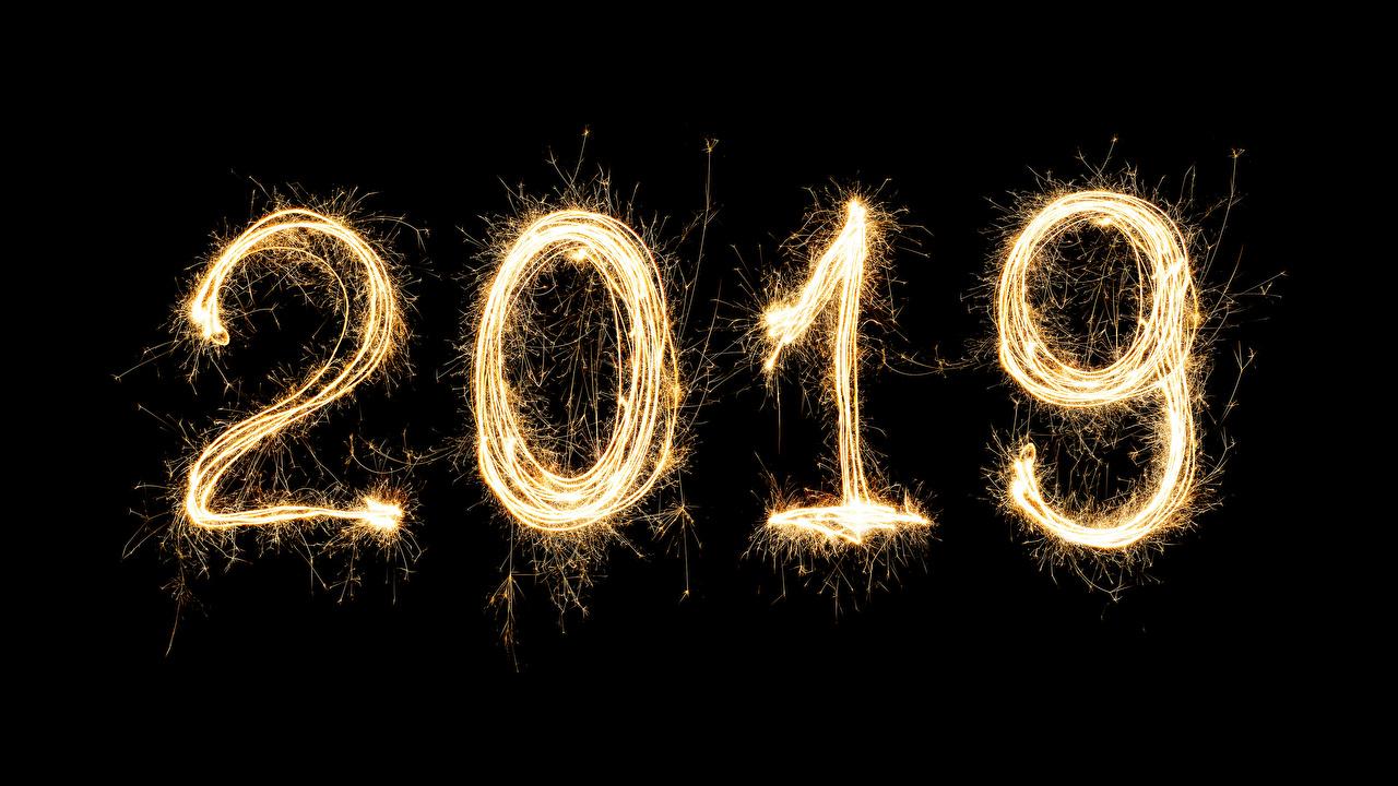 Картинка 2019 Рождество на черном фоне Новый год Черный фон