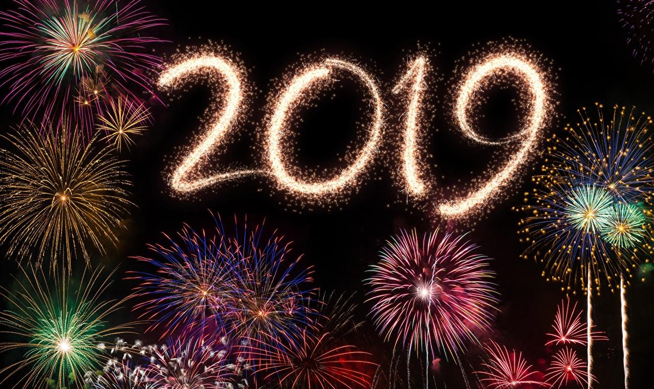 Картинка 2019 фейерверк Рождество Салют Новый год