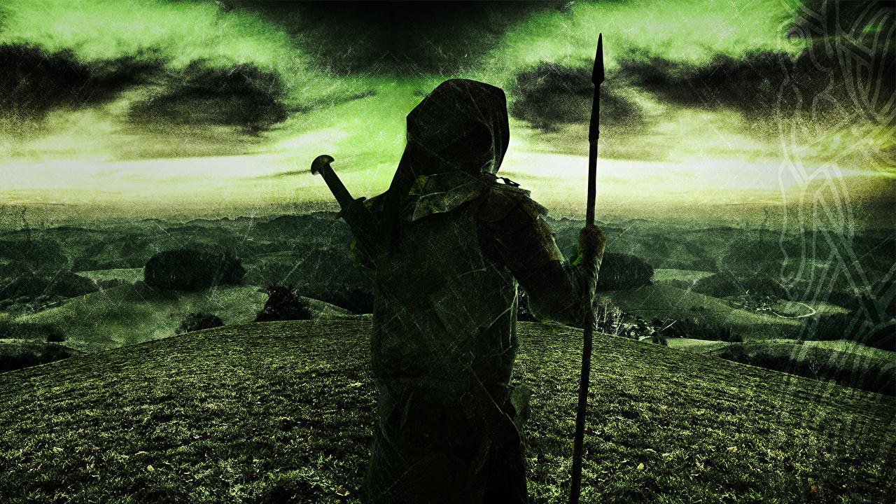 Фото с копьем Folk Metal Power Metal Pagan Metal Excelsis 2013 Музыка Небо Капюшон Копья капюшоне капюшоном