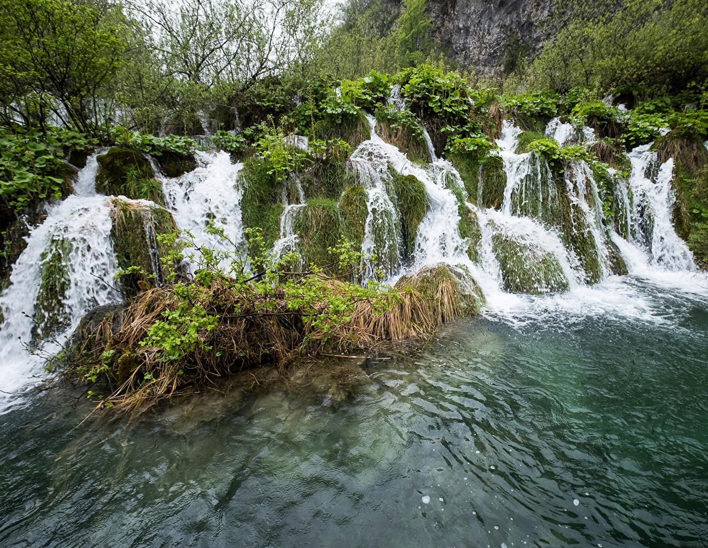 Обои для рабочего стола Хорватия Plitvice Park Stream Fall Природа Водопады парк Парки