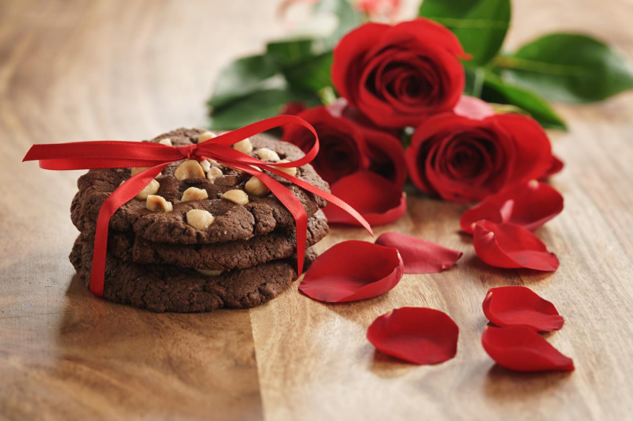 Картинки роза лепестков Цветы Бантик Печенье Розы Лепестки цветок бант бантики