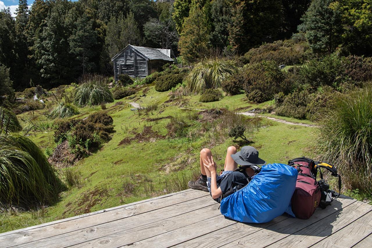 Фото Австралия Рюкзак шляпе Отдых Природа Здания шляпы Шляпа релакс отдыхает Дома