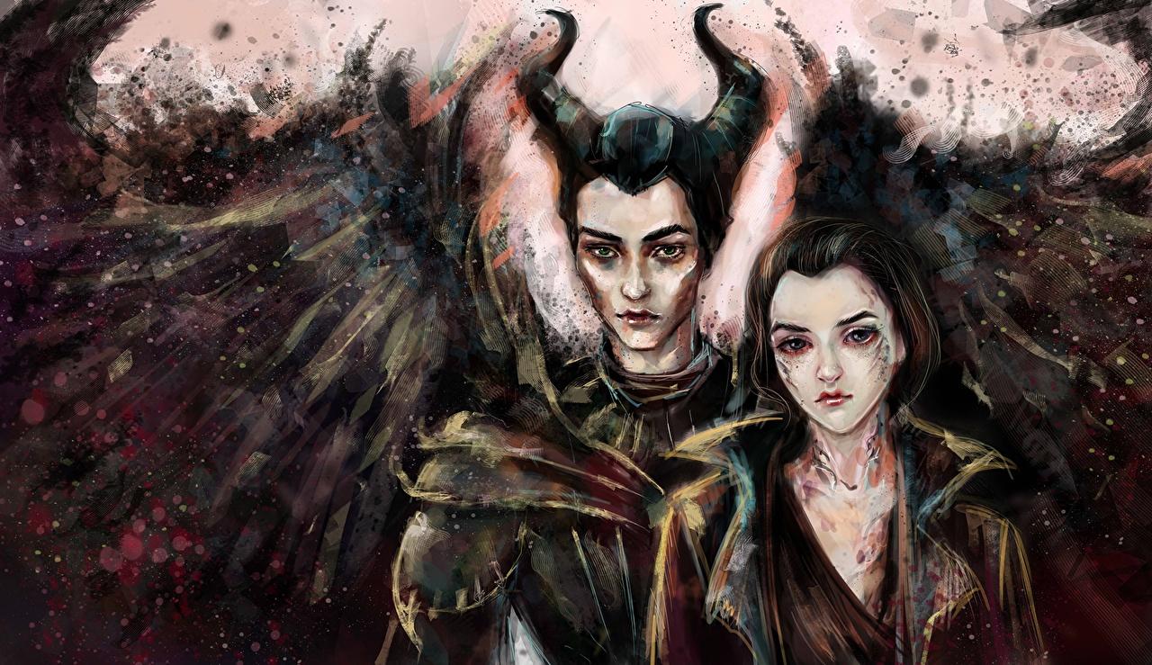 Картинки Рога Крылья Maleficent and Diaval два Фэнтези молодая женщина Фильмы с рогами 2 две Двое вдвоем девушка Девушки Фантастика молодые женщины кино