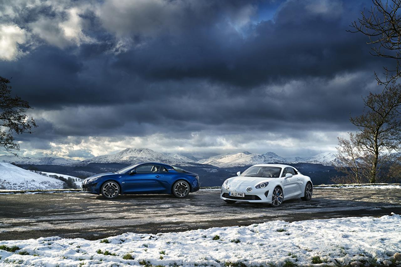 Картинки Рено 2017-19 Alpine A110 две Автомобили Renault 2 два Двое вдвоем авто машина машины автомобиль