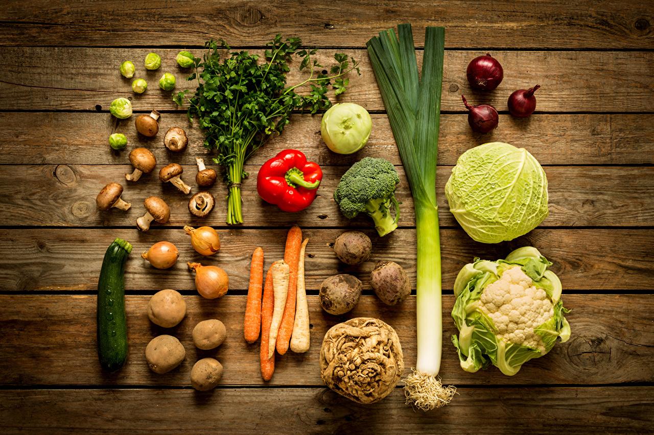 Фотографии Капуста картошка Лук репчатый Грибы Овощи Перец Продукты питания Доски Картофель Еда Пища