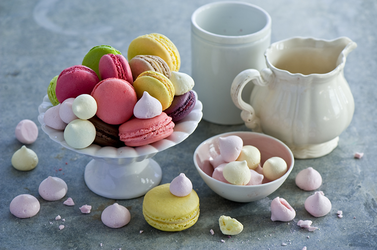 Картинка Макарон кувшины стакане Продукты питания Сладости Кувшин Стакан стакана Еда Пища сладкая еда