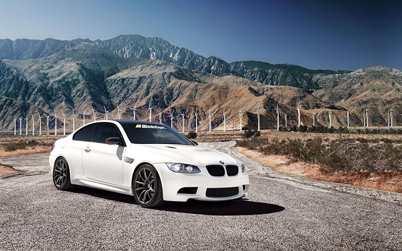 Картинки БМВ m3 Горы белые Автомобили BMW гора белая Белый белых авто машины машина автомобиль