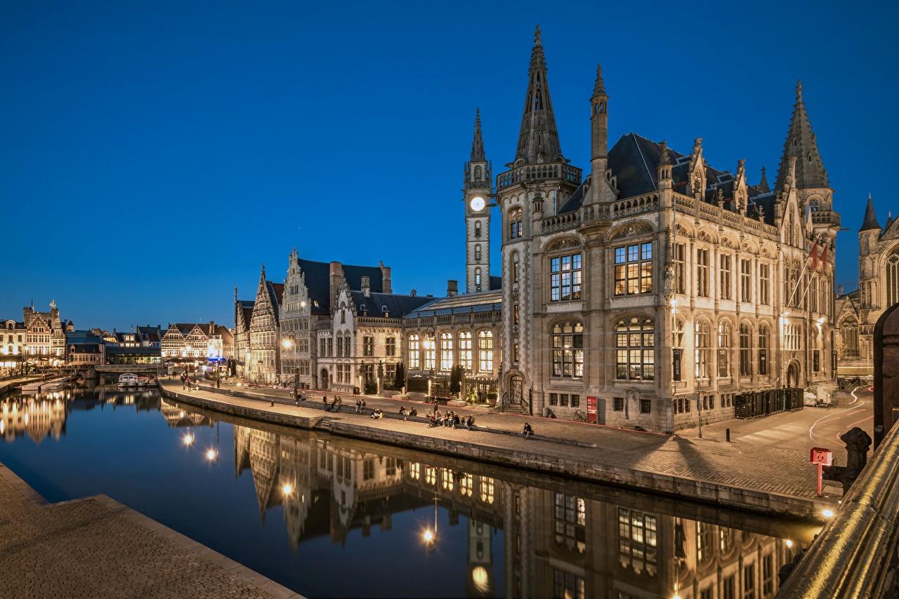 Картинка Гент Бельгия Водный канал отражается Ночь Набережная Города Отражение отражении ночью в ночи Ночные набережной город