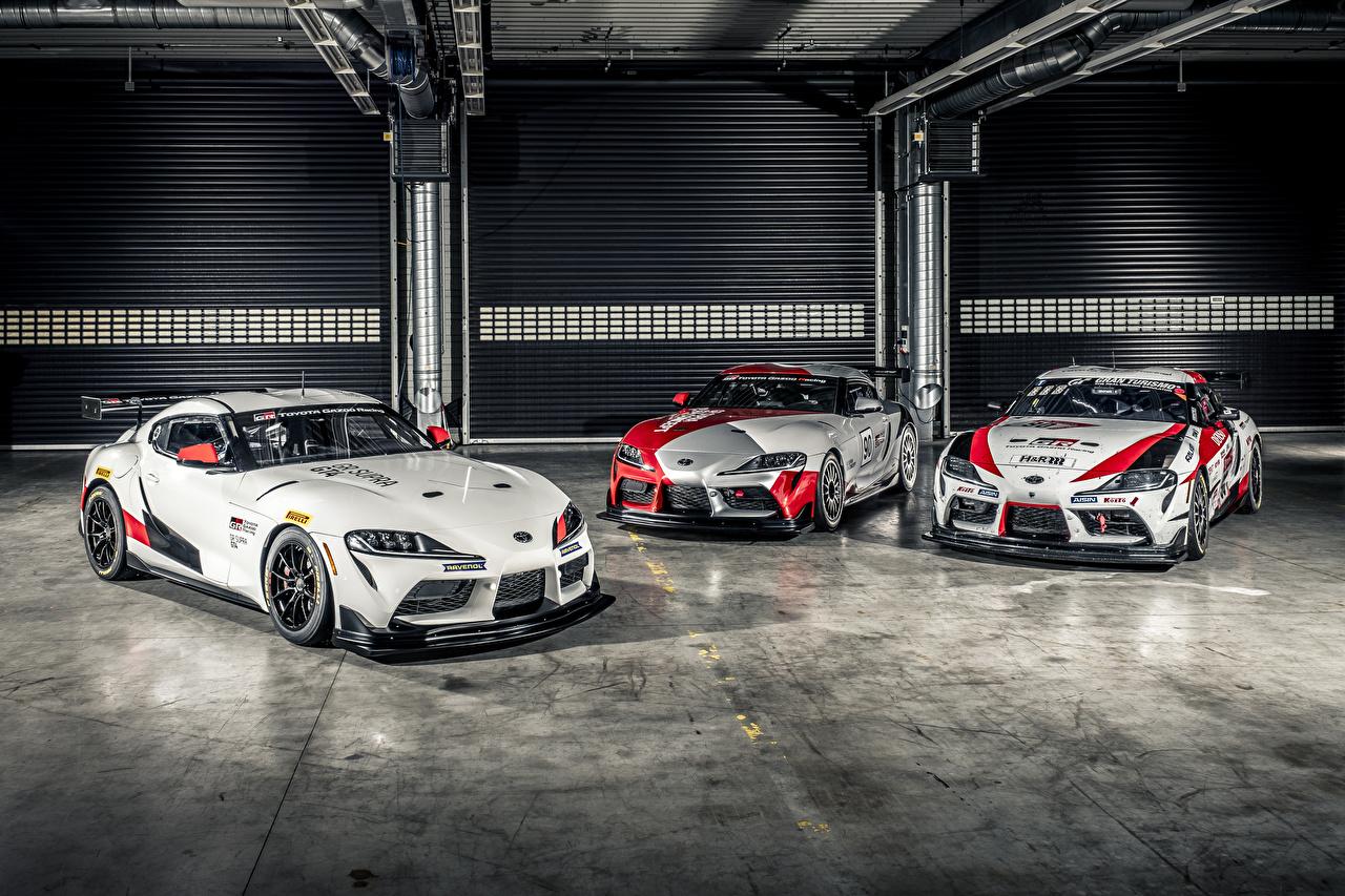 Фото Toyota Стайлинг 2019 GR Supra GT4 Concept Трое 3 Автомобили Тюнинг Тойота три авто машина машины втроем автомобиль