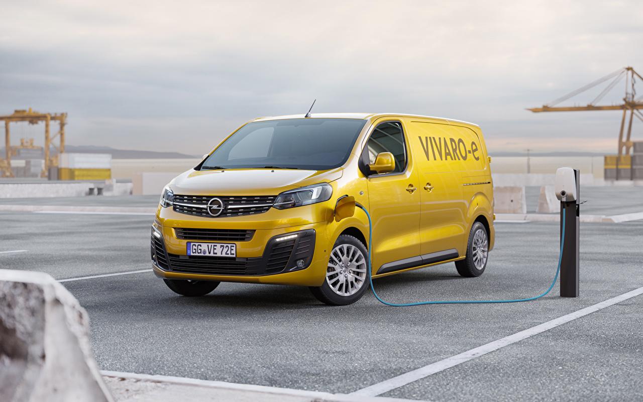 Фотографии Opel 2020 Vivaro-e Минивэн желтые Автомобили Опель желтая Желтый желтых авто машины машина автомобиль