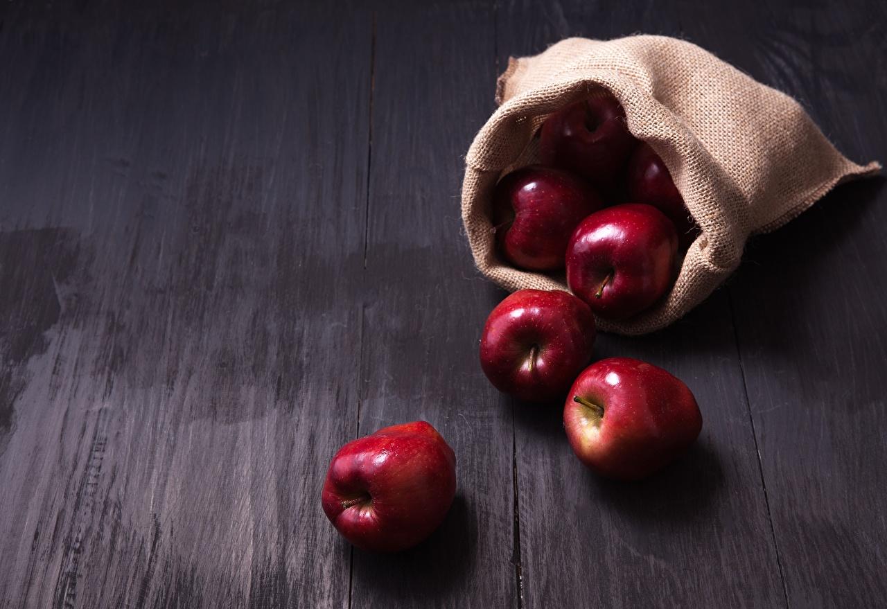 Картинки Яблоки Пища Еда Продукты питания