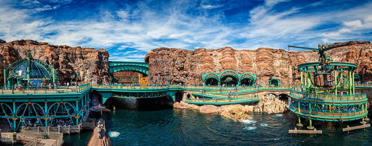 Картинки Токио Япония панорамная Disney Sea мост Природа Водный канал парк Панорама Мосты Парки