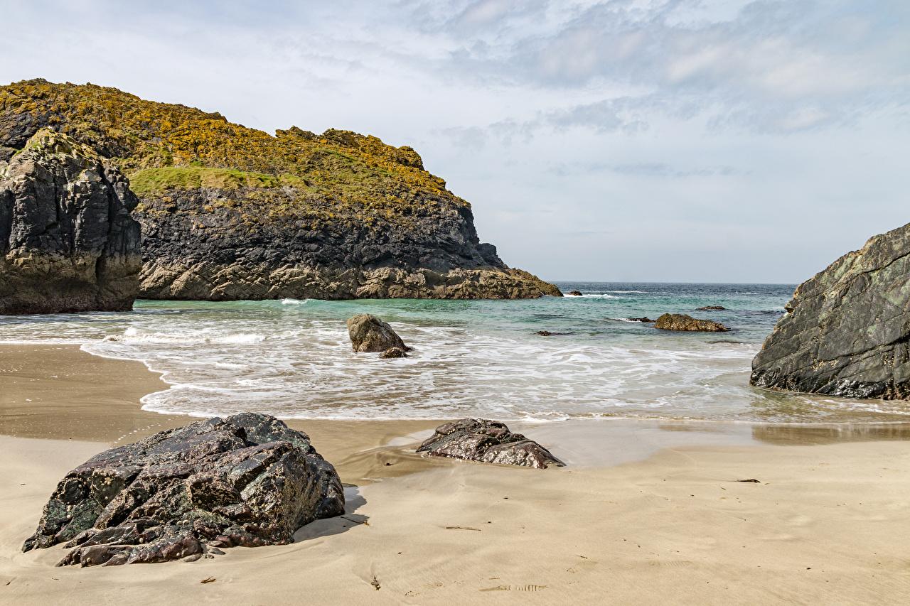 Фото Англия Kynance Cove скалы Природа Волны берег Камень Утес Скала скале Камни Побережье