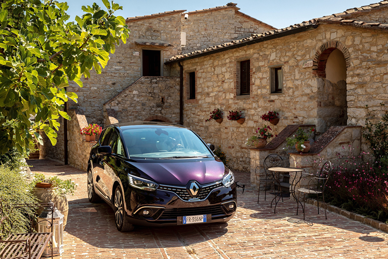 Фотографии Renault 2017-18 Scenic Initiale Paris Worldwide Фиолетовый авто Спереди Металлик Рено фиолетовых фиолетовые фиолетовая машина машины автомобиль Автомобили