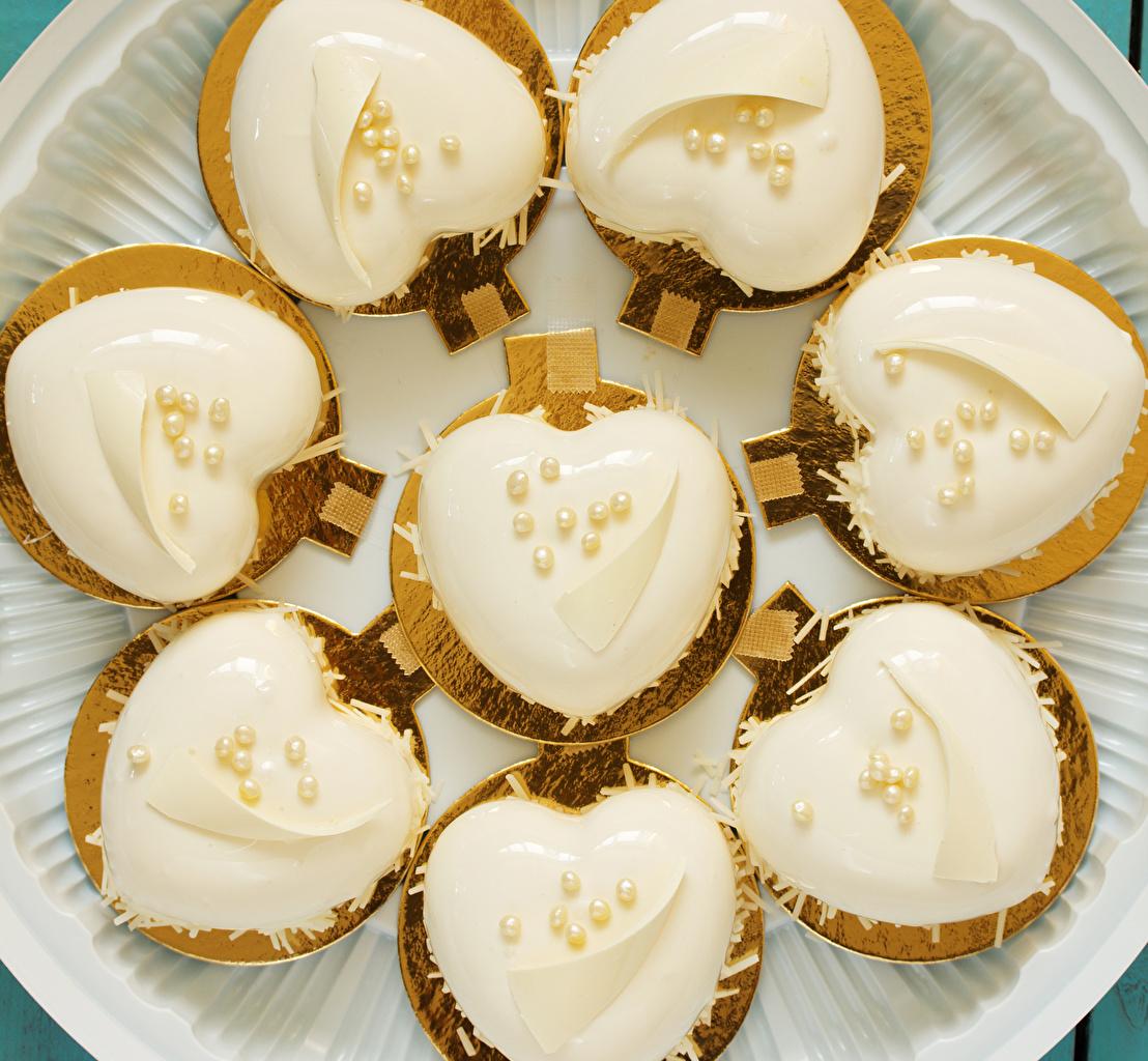 Обои День всех влюблённых Сердце Еда Пирожное Дизайн День святого Валентина сердечко Пища Продукты питания
