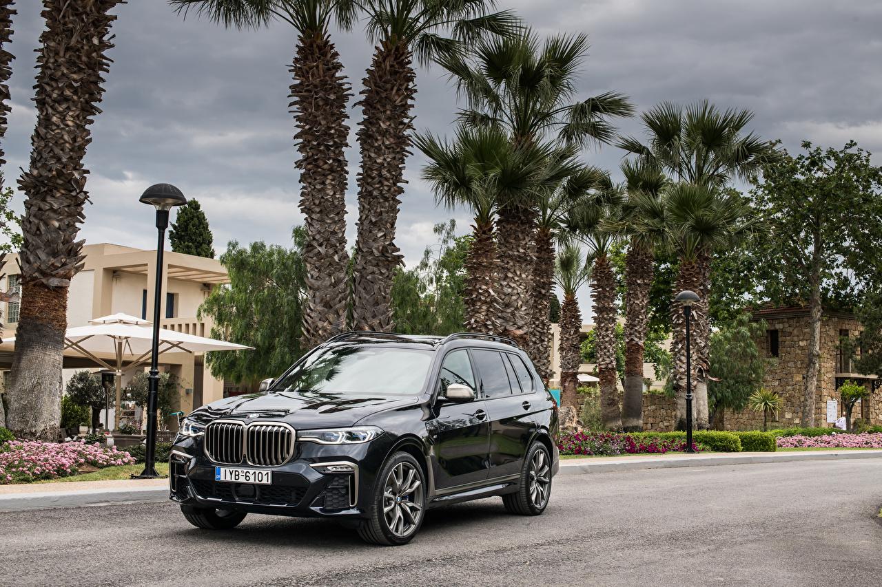 Обои для рабочего стола BMW CUV 2019 X7 M50d Worldwide черных Металлик автомобиль БМВ Кроссовер Черный черные черная авто машина машины Автомобили
