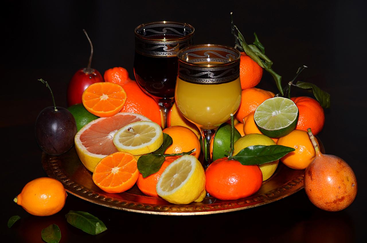 Фотографии Сок Мандарины Лимоны Пища Бокалы Фрукты Цитрусовые Еда бокал Продукты питания