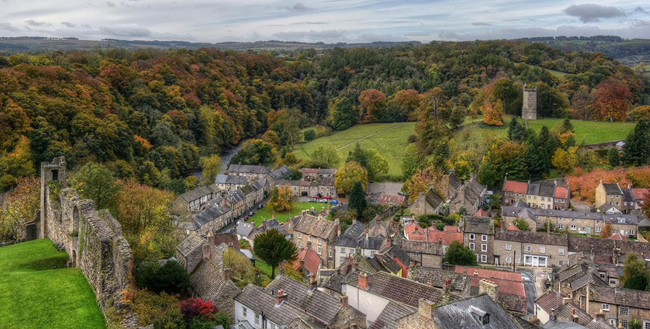 Картинка Англия Richmond осенние Леса Сверху Города Здания Осень Дома город