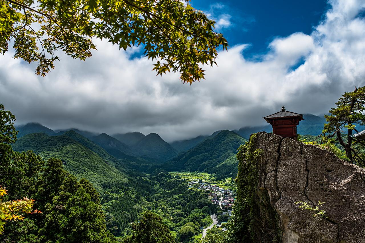 Картинка Япония Tohoku Горы скалы Природа Пейзаж облачно гора Утес скале Скала Облака облако
