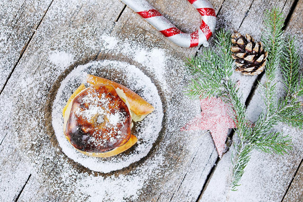 Обои для рабочего стола Рождество Bratapfel Сахарная пудра Яблоки Еда Шишки на ветке Доски Новый год Пища ветвь ветка Ветки шишка Продукты питания