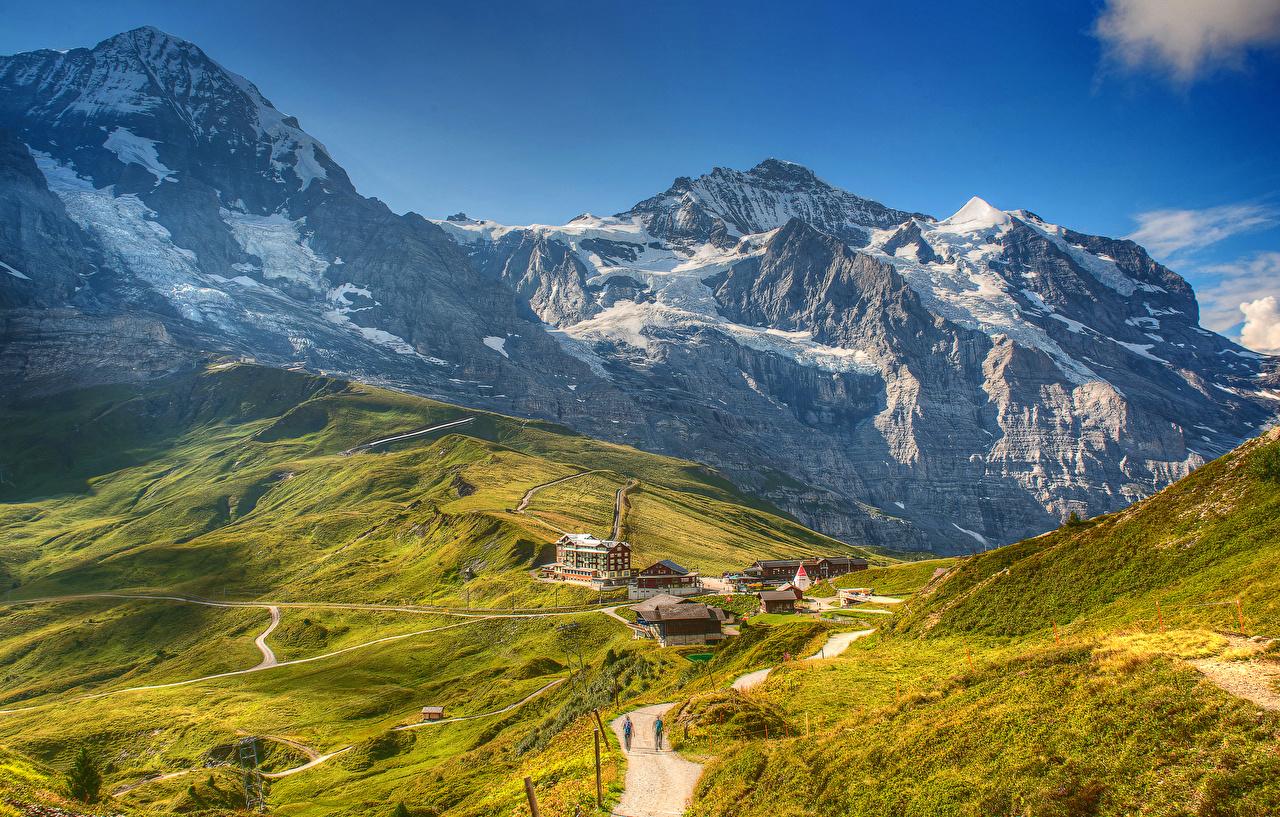 Обои для рабочего стола альп Швейцария Grindelwald Wengen Горы Природа Дороги мхом Дома Альпы гора мха Мох Здания