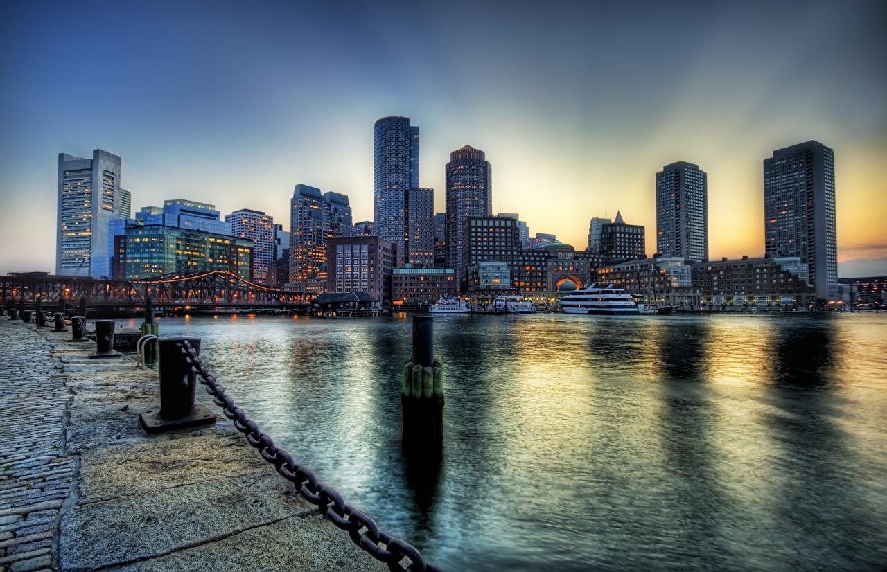 Обои для рабочего стола Бостон штаты Massachusetts HDRI Цепь Небоскребы набережной Дома Города США америка HDR цепи Набережная город Здания