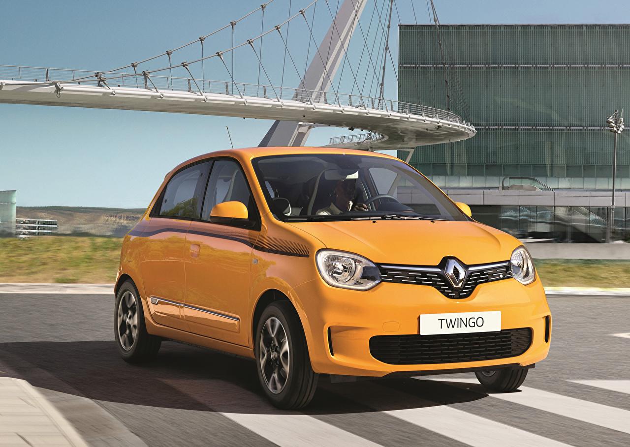 Картинки Renault 2019 Twingo Worldwide Желтый Авто Металлик Рено Машины Автомобили