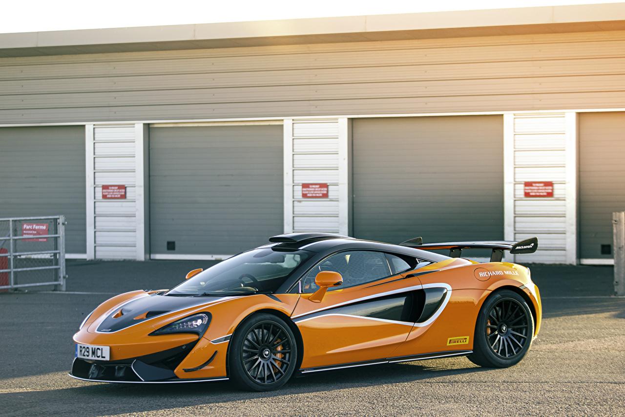 Картинка Макларен 2020-21 620R оранжевая машины Металлик McLaren Оранжевый оранжевые оранжевых авто машина Автомобили автомобиль