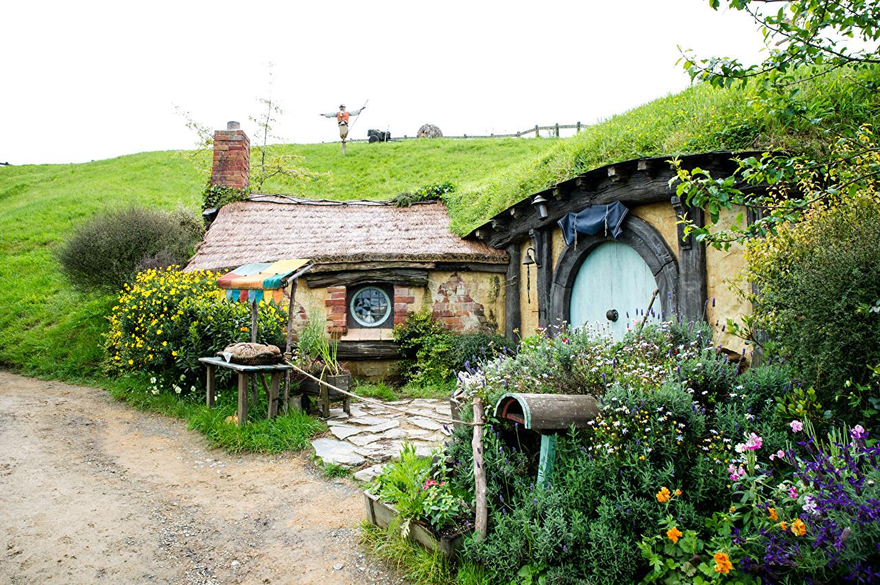 Картинки Новая Зеландия Matamata Hobbiton Park Природа парк Дома кустов Парки Кусты Здания