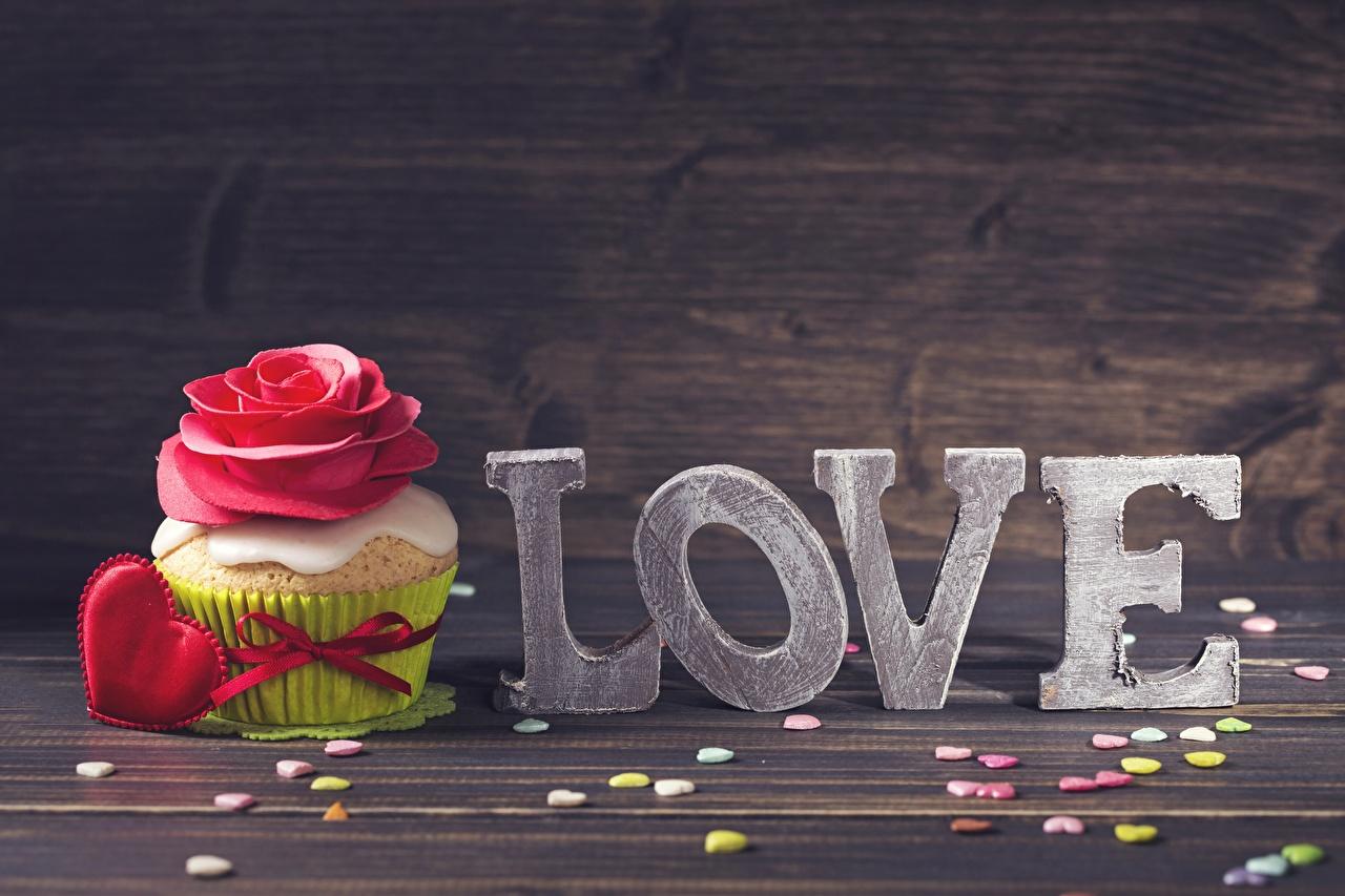 Картинки День святого Валентина Любовь Капкейк кекс Пища День всех влюблённых Еда Продукты питания