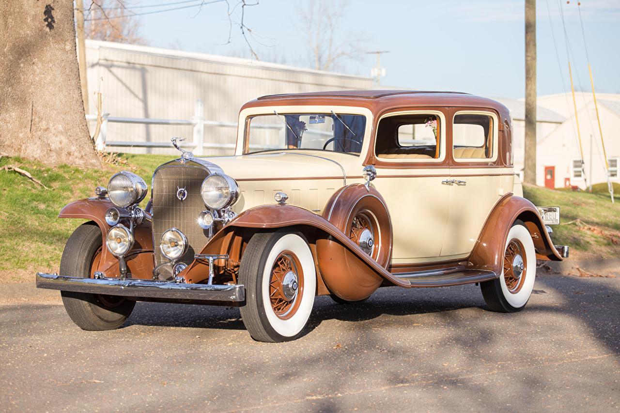 Фото Кадиллак 1932 V12 370-B Town Sedan by Fisher авто Cadillac машина машины Автомобили автомобиль