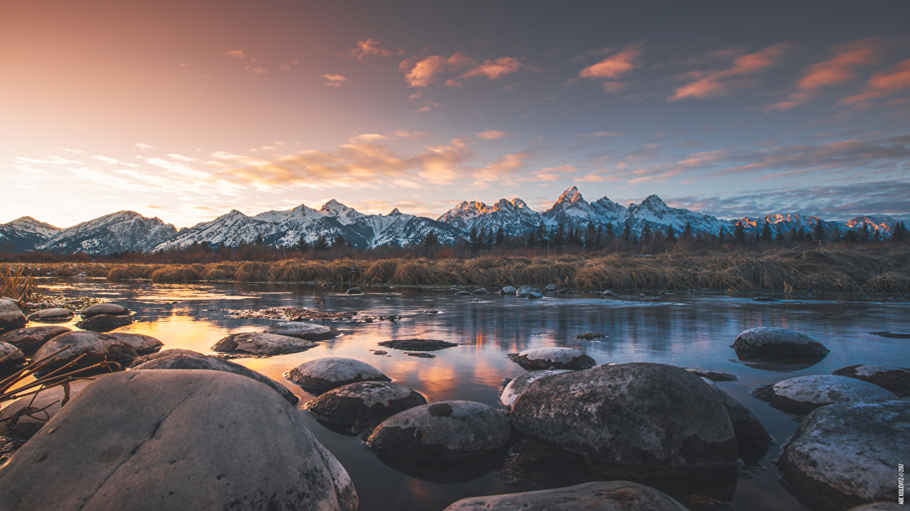 Картинки США Grand Teton national Park, Wyoming Горы Природа парк Реки Камни Вечер горизонта штаты америка гора Парки река речка Камень Горизонт