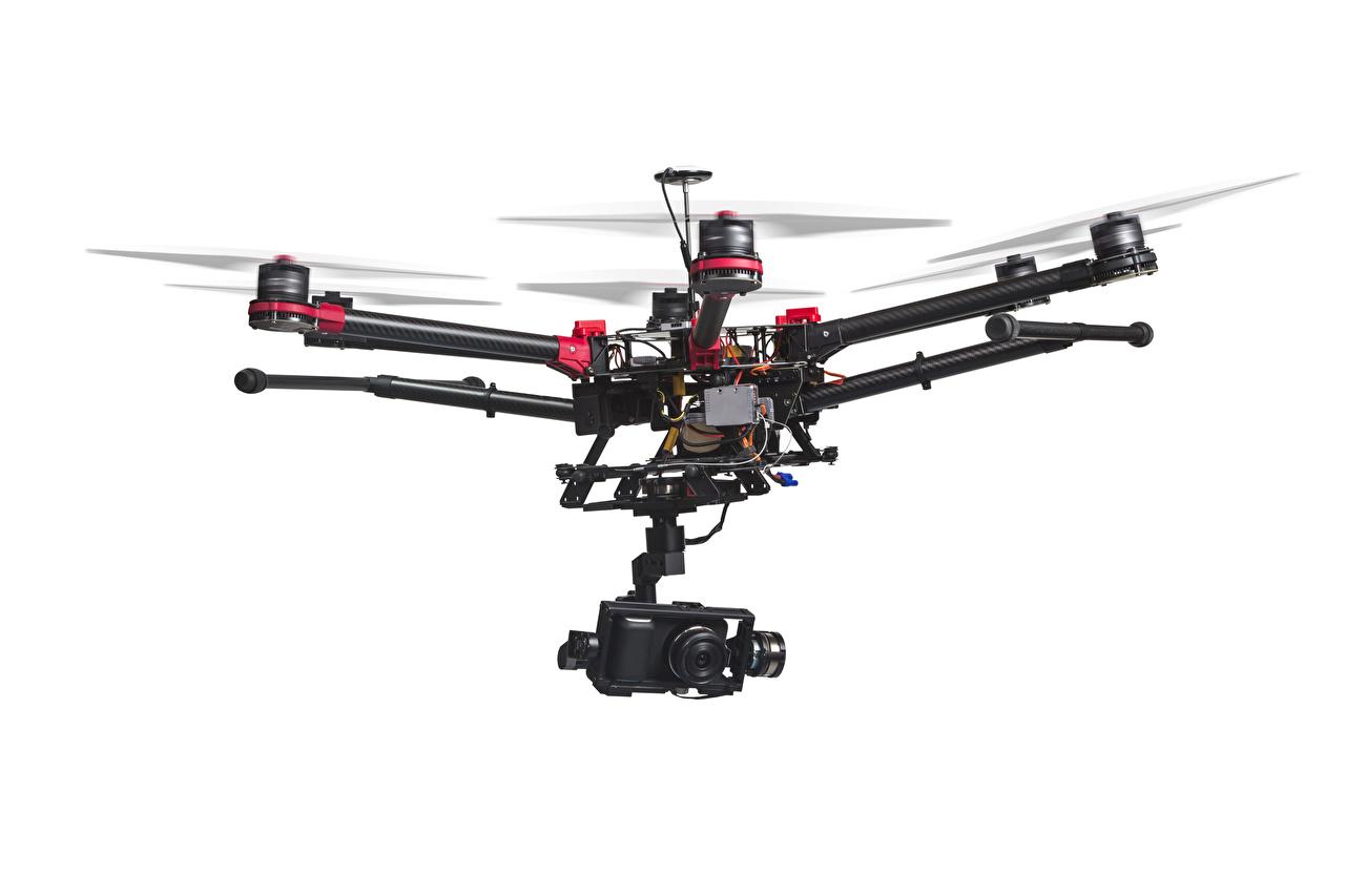 Картинка Беспилотный летательный аппарат Видеокамера hexacopter белым фоном Авиация БПЛА видеокамерой Белый фон белом фоне