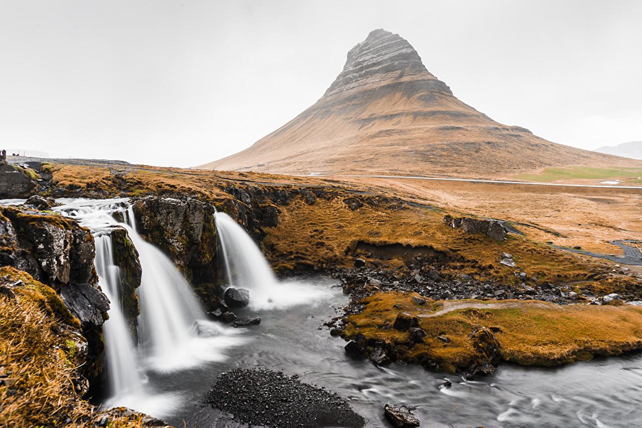 Фотографии Исландия Kirkjufell Горы Природа Водопады гора