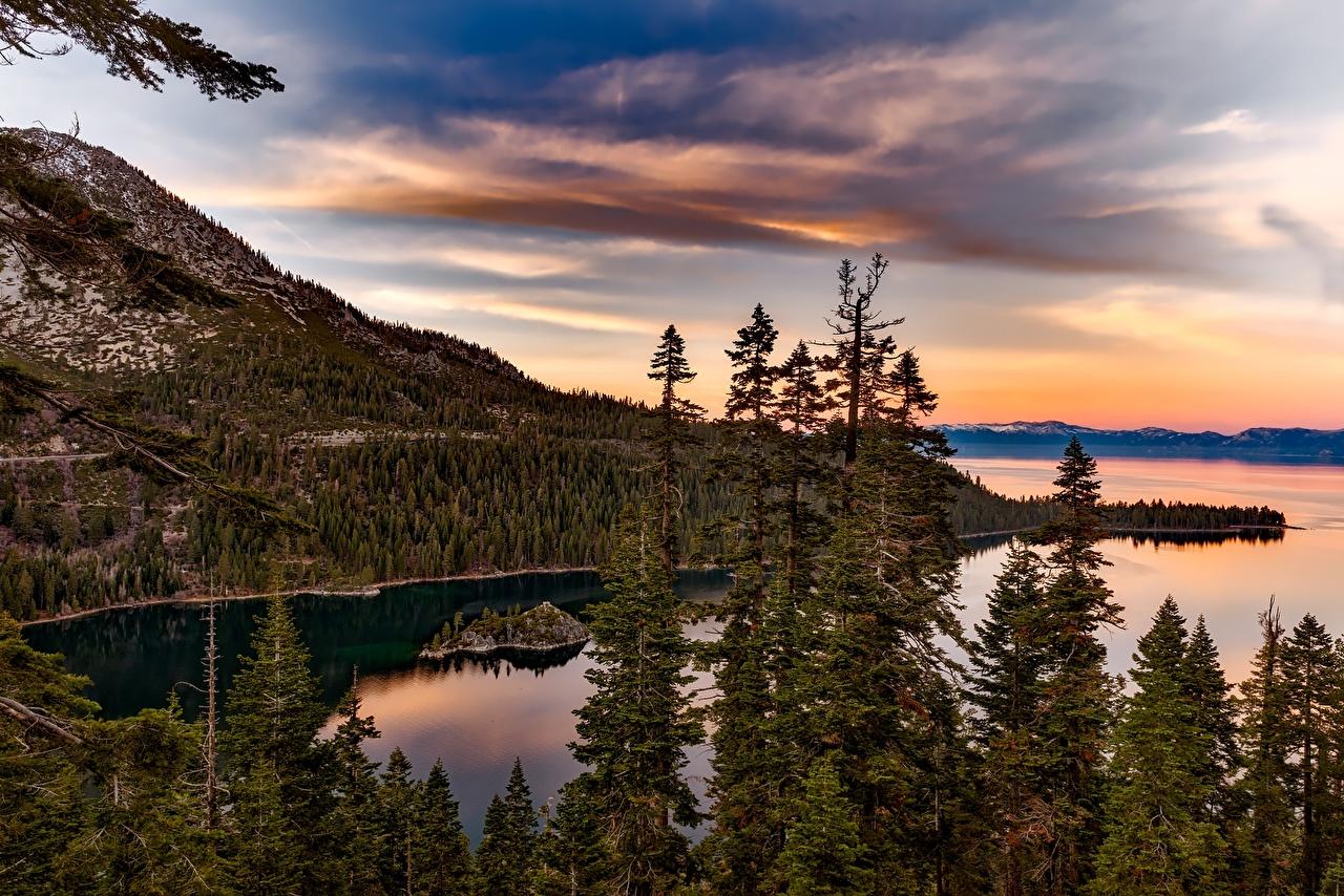 Фотографии калифорнии штаты Lake Tahoe, Sierra Nevada Горы Природа Леса Озеро Рассветы и закаты Калифорния США