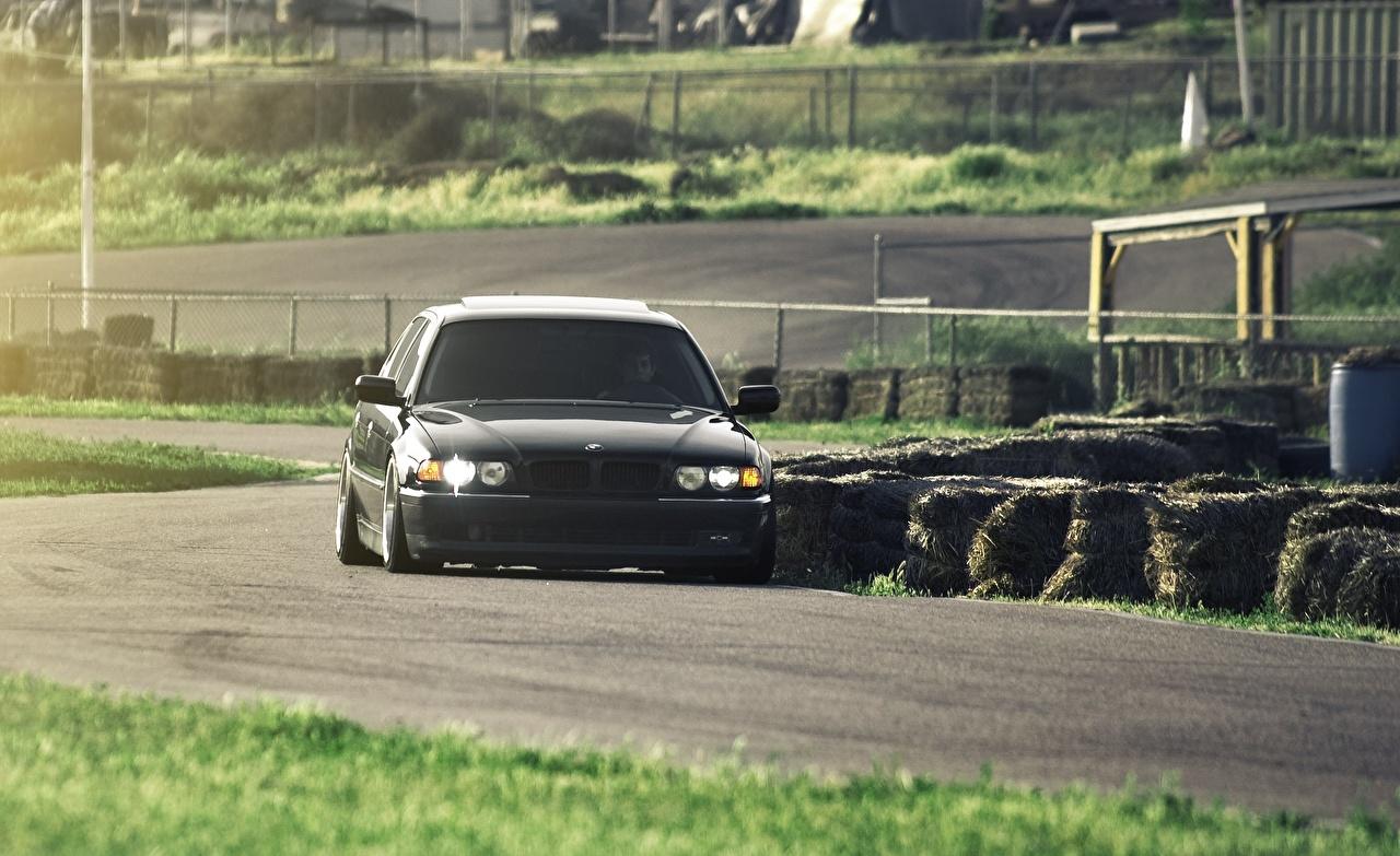 Фото БМВ 740 e38 Дороги Автомобили BMW авто машины машина автомобиль