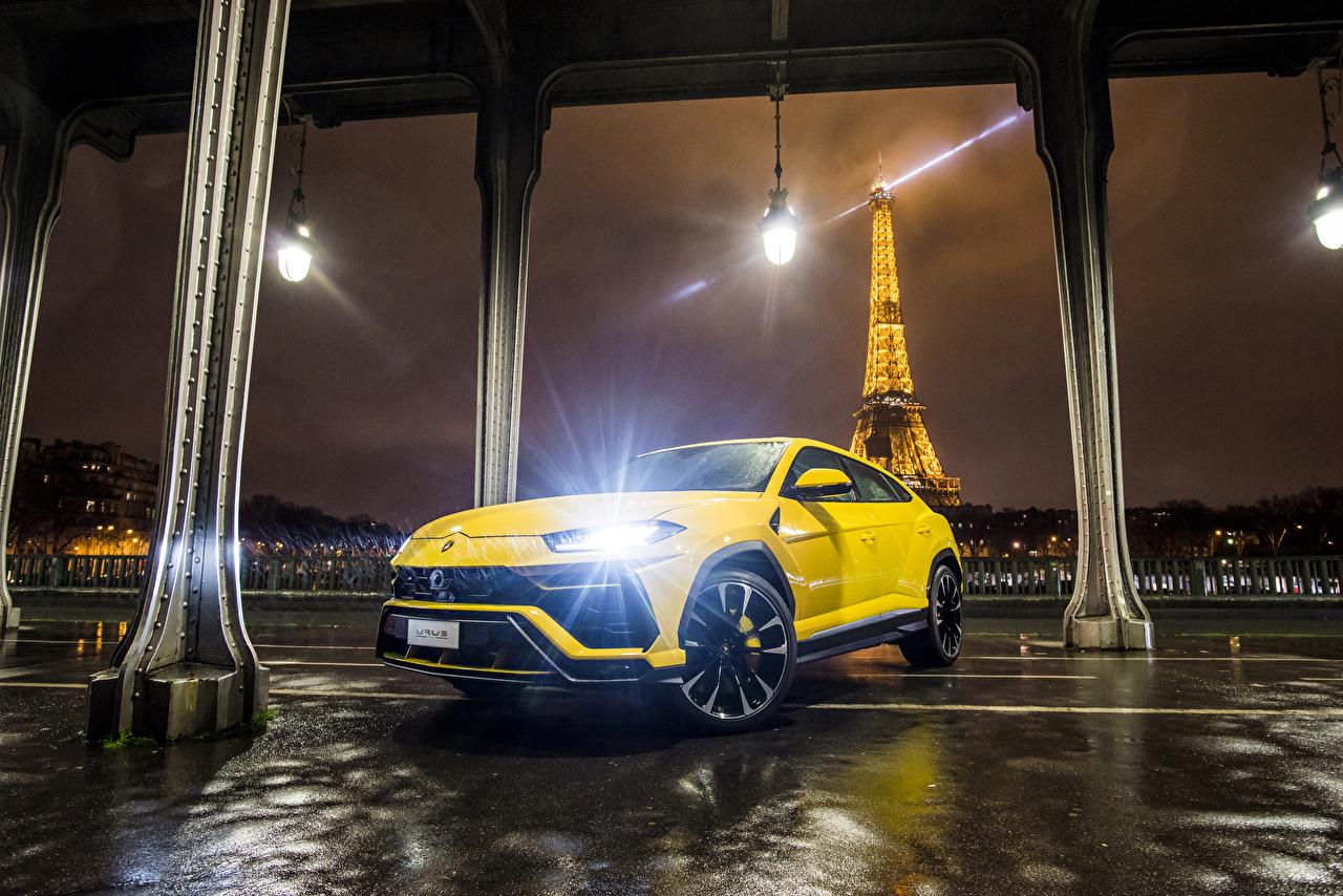 Фотография Ламборгини 2018 Urus желтые машина Металлик Lamborghini желтых Желтый желтая авто машины автомобиль Автомобили