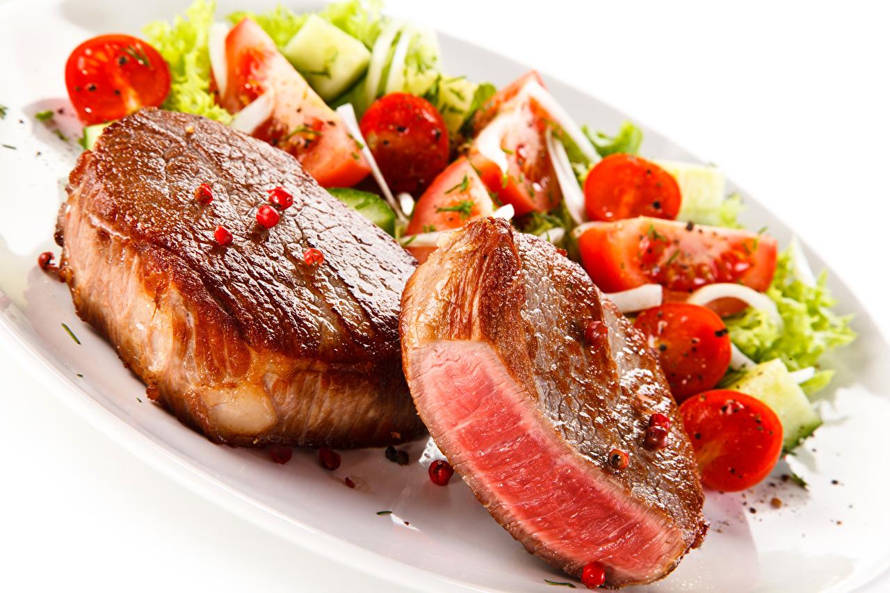 Фото Еда Овощи Белый фон Мясные продукты Пища Продукты питания