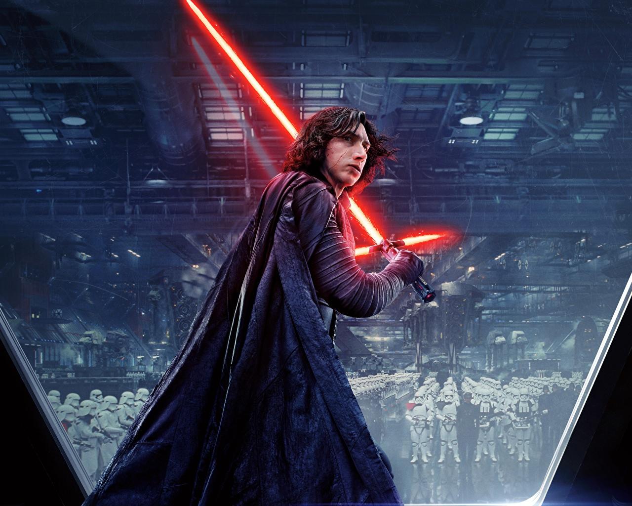 Картинка Фильмы Звёздные войны: Последние джедаи Световой меч Воители Kylo Ren, Adam Driver Мечи кино воин воины меч меча с мечом