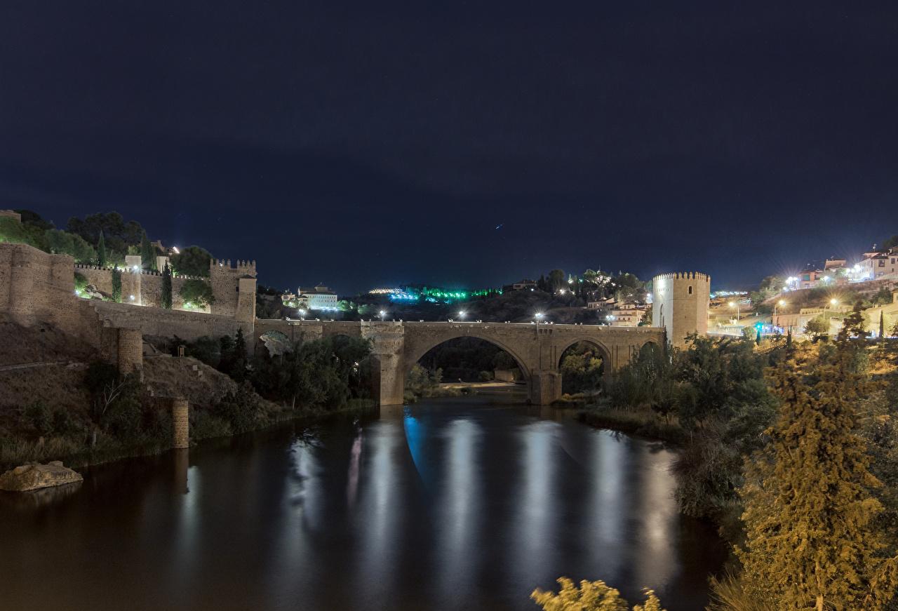 Картинка Толедо Испания Мосты Ночь речка Города Здания Реки Ночные Дома