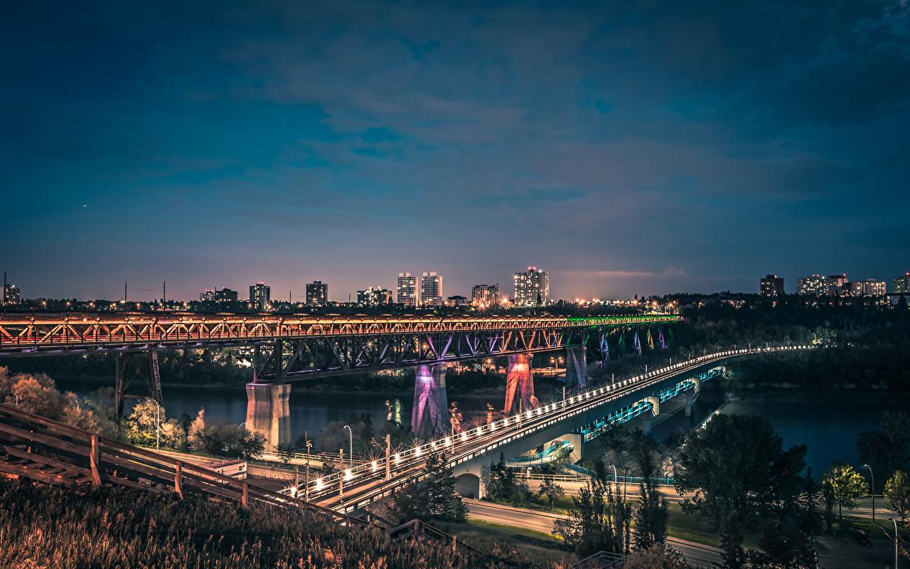 Картинки Канада Edmonton Alberta Мосты Дороги речка Вечер Уличные фонари Города Реки