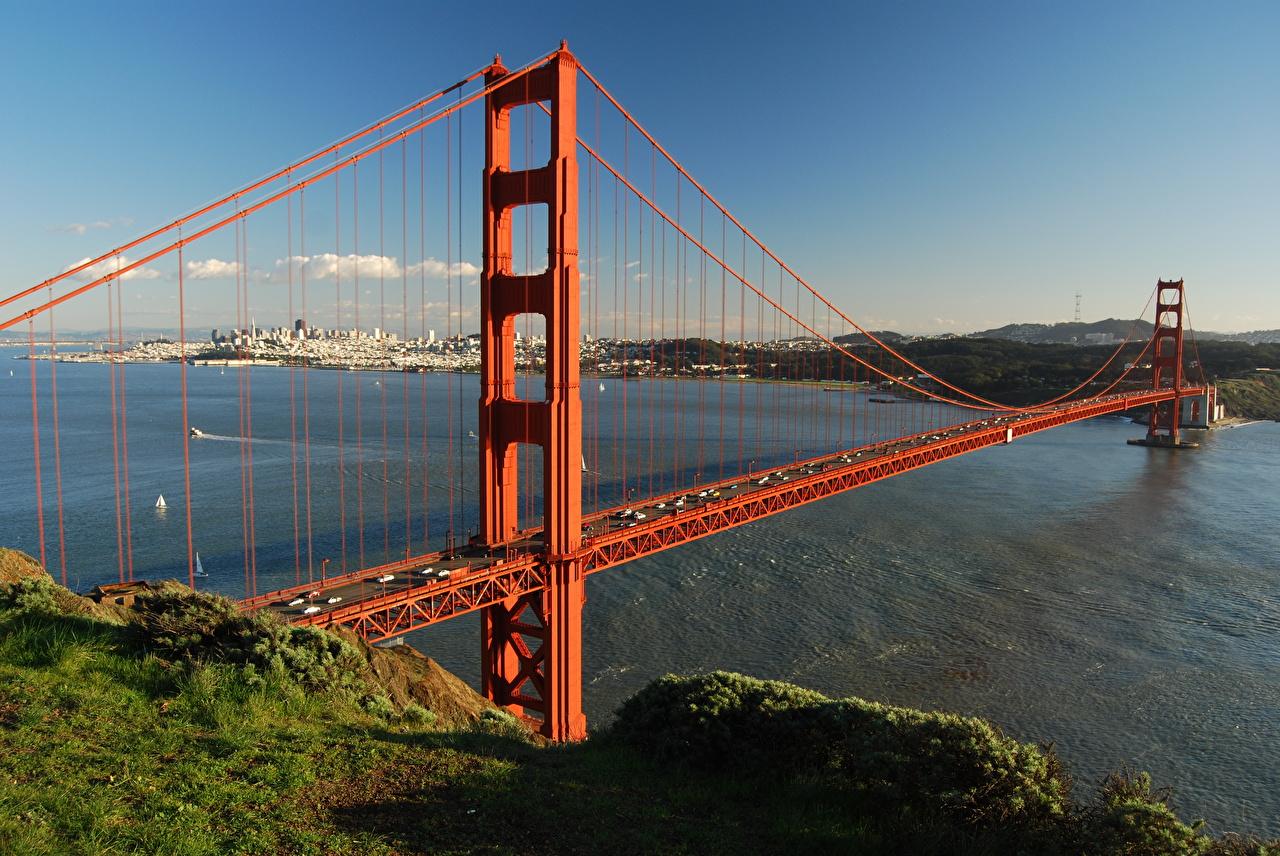 Обои для рабочего стола калифорнии Сан-Франциско штаты Golden Gate Bridge мост Трава Залив Города Калифорния США америка Мосты траве залива заливы город