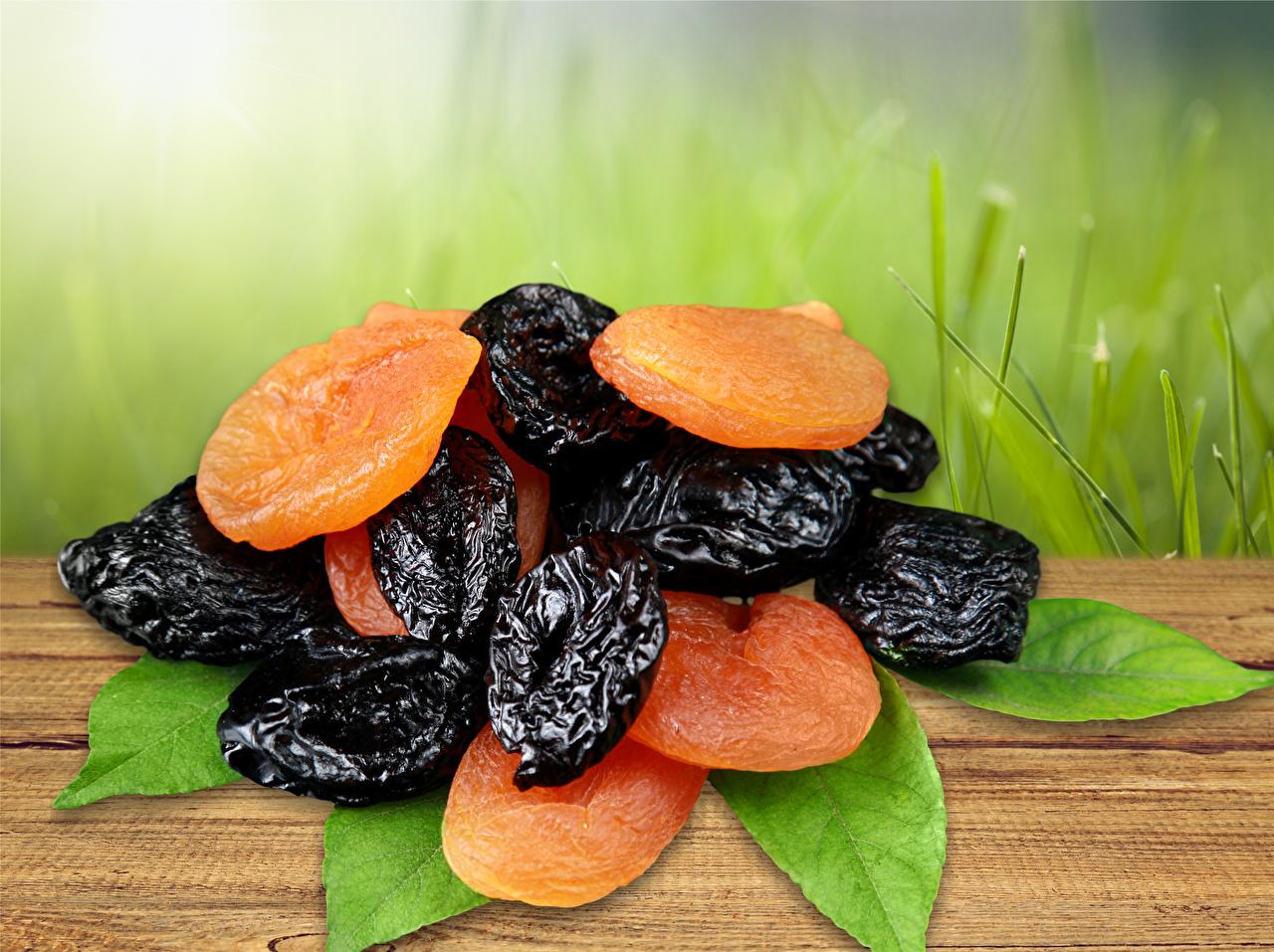 Обои для рабочего стола Сухофрукты Абрикос Сливы Курага Чернослив сухофруктов сушеные абрикосы