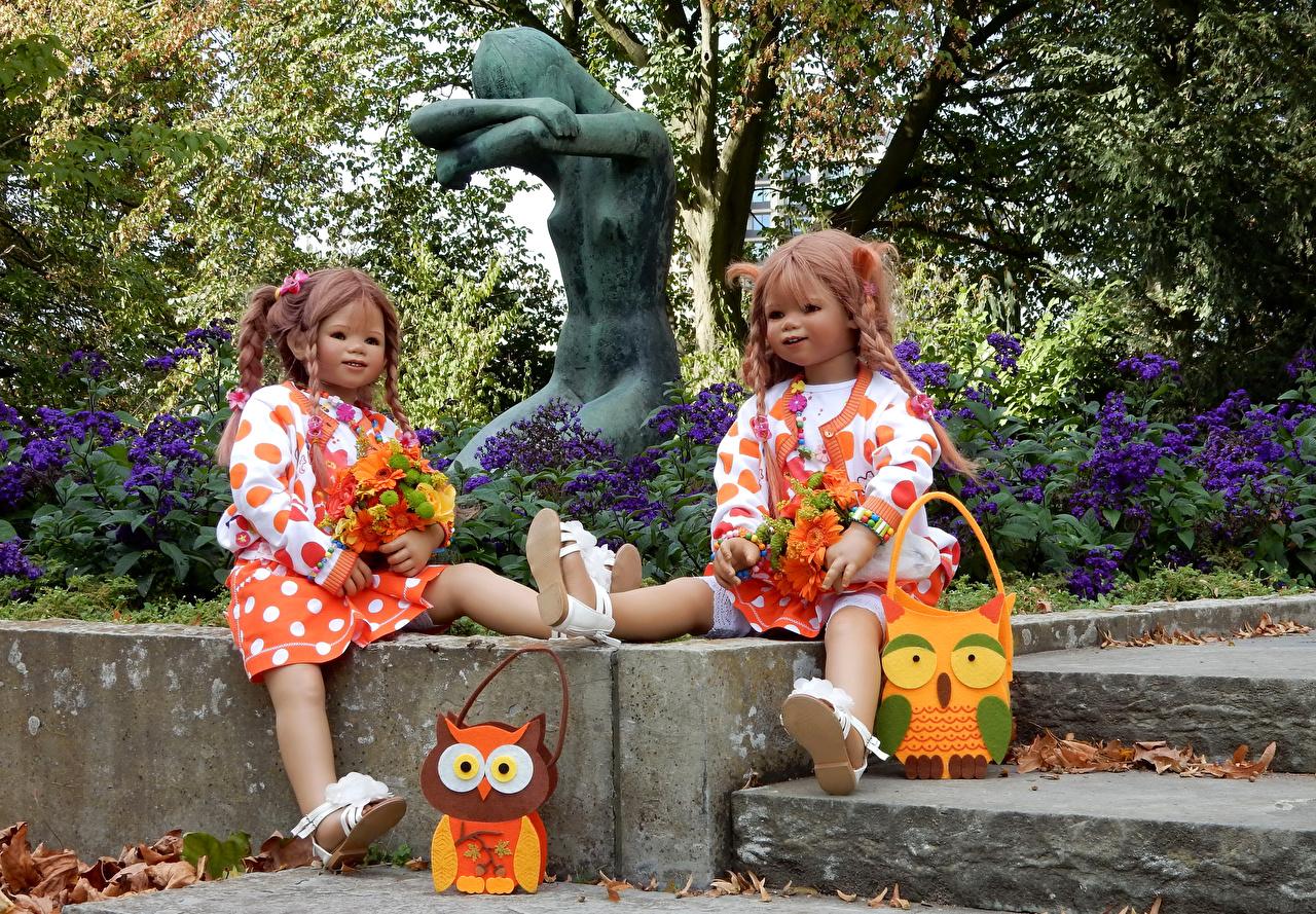 Картинка девочка куклы Grugapark Essen 2 Парки Скульптуры Девочки Кукла две два Двое вдвоем