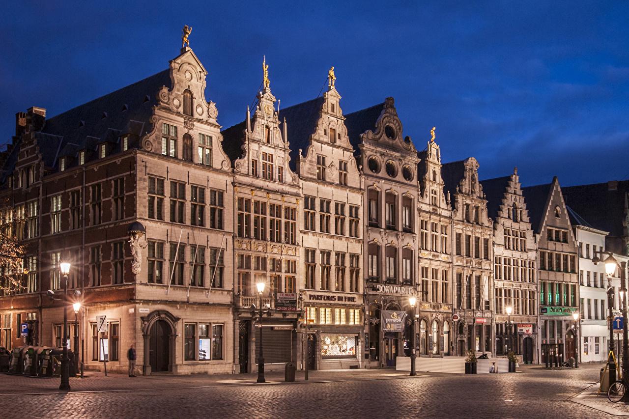 Фотографии Нидерланды Antwerpen Улица Вечер Уличные фонари Города Здания Дома