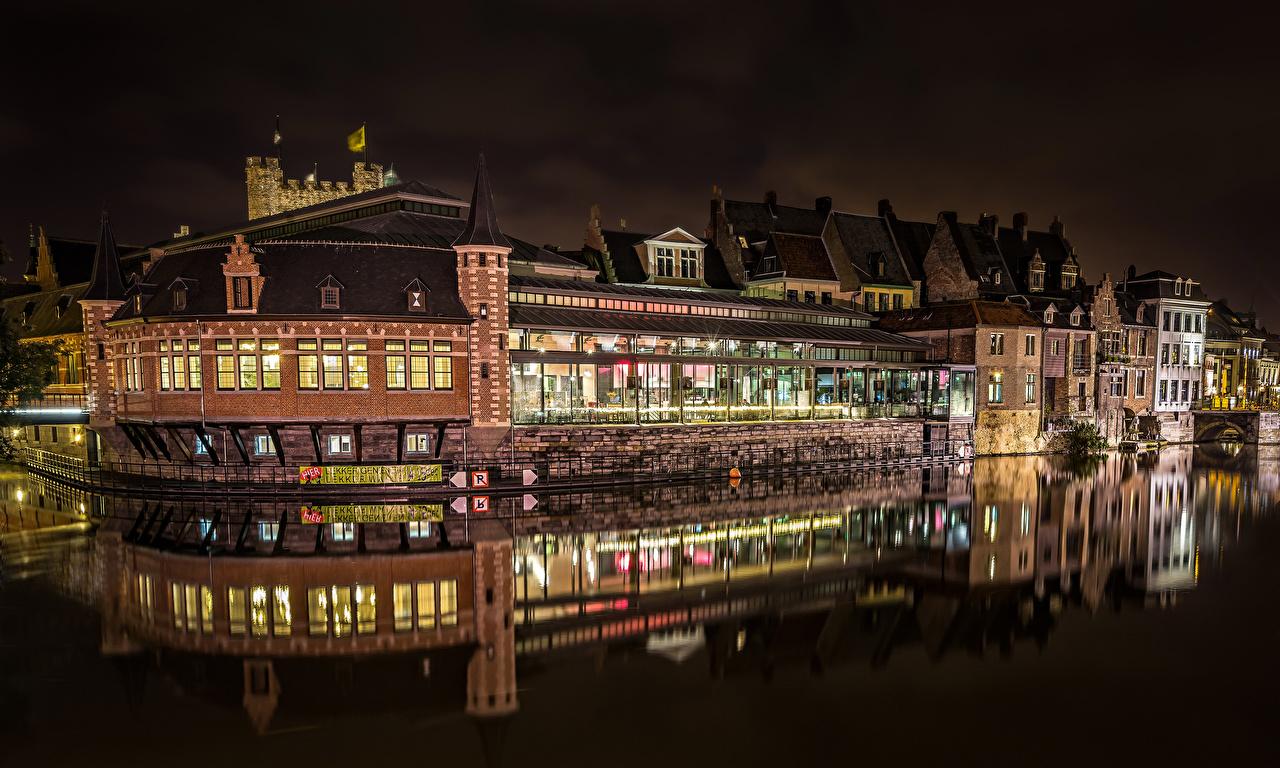 Обои для рабочего стола Гент Бельгия Водный канал в ночи Города Здания Ночь ночью Ночные Дома город