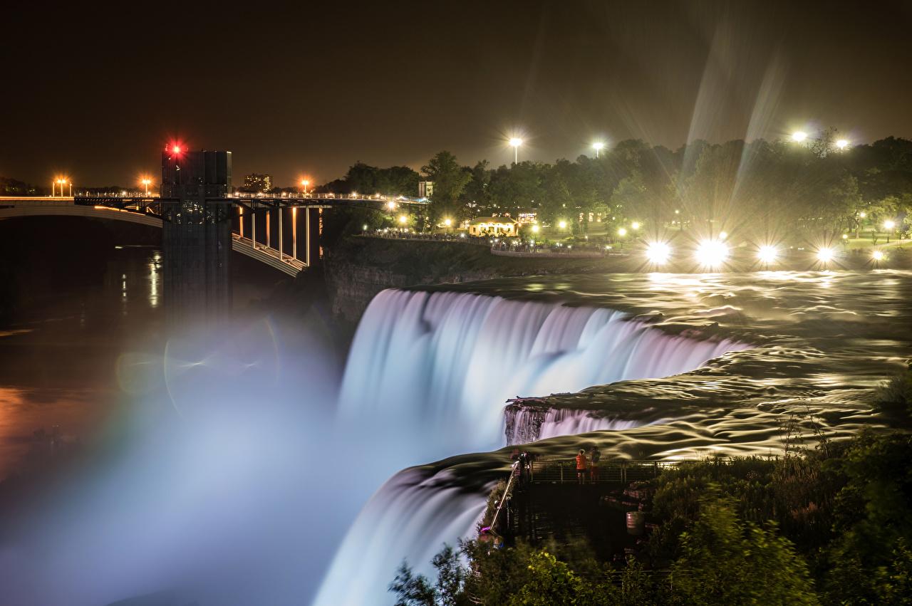 Фотографии Лучи света Нью-Йорк штаты Niagara Falls Природа Водопады Ночь речка США Реки Ночные