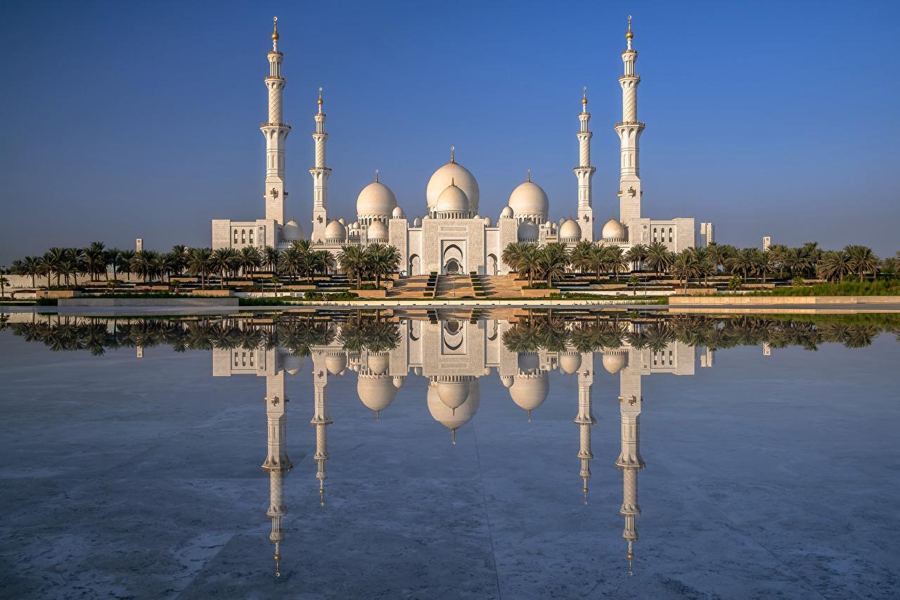 Обои для рабочего стола Мечеть ОАЭ Sheikh Zayed Grand Mosque, Abu Dhabi Отражение Города Объединённые Арабские Эмираты отражении отражается город